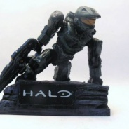 Halo 4 Cover Art Statue