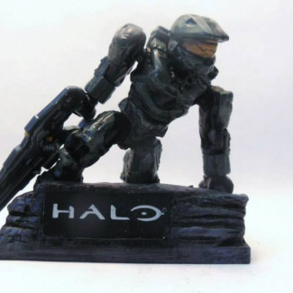 Image of: Halo 4 Cover Art Statue