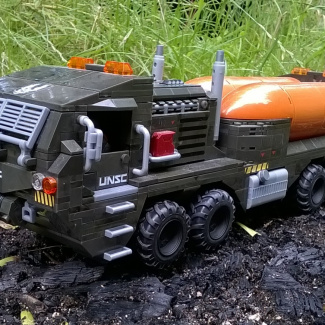 Image of: UNSC Heavy Mover - Fuel Supply Truck