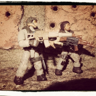 Image of: Fireteam on the move