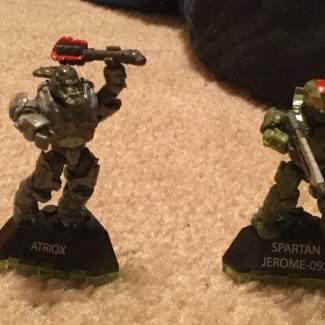 Image of: New halo wars two figuers