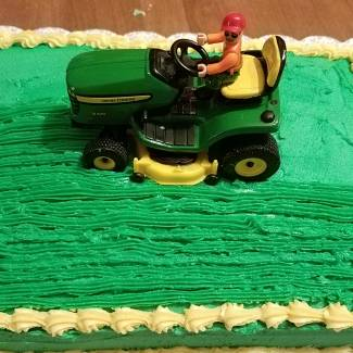 Image of: Mowing the cake lawn