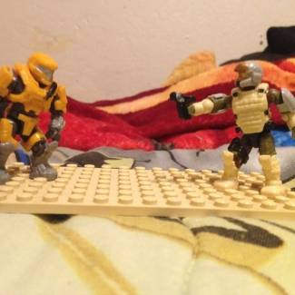 Image of: Survivor11 vs Mega Construx