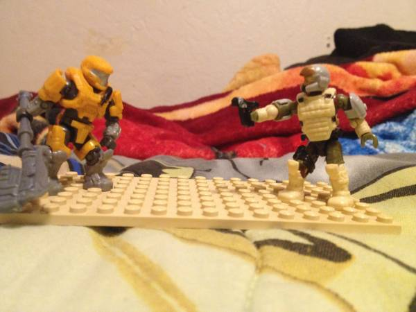 survivor11-vs-mega-construx