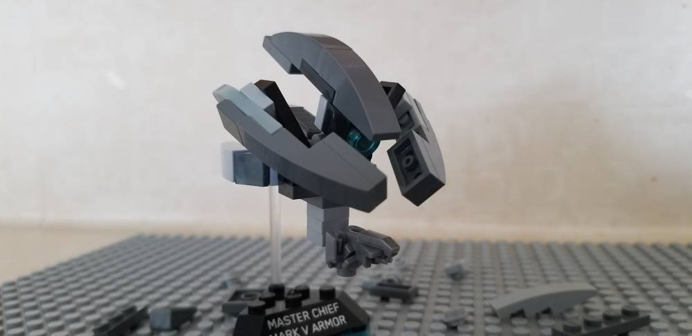 Build Challenge #1 – Micro Building: Vehicle – Halo 3 Sentinel