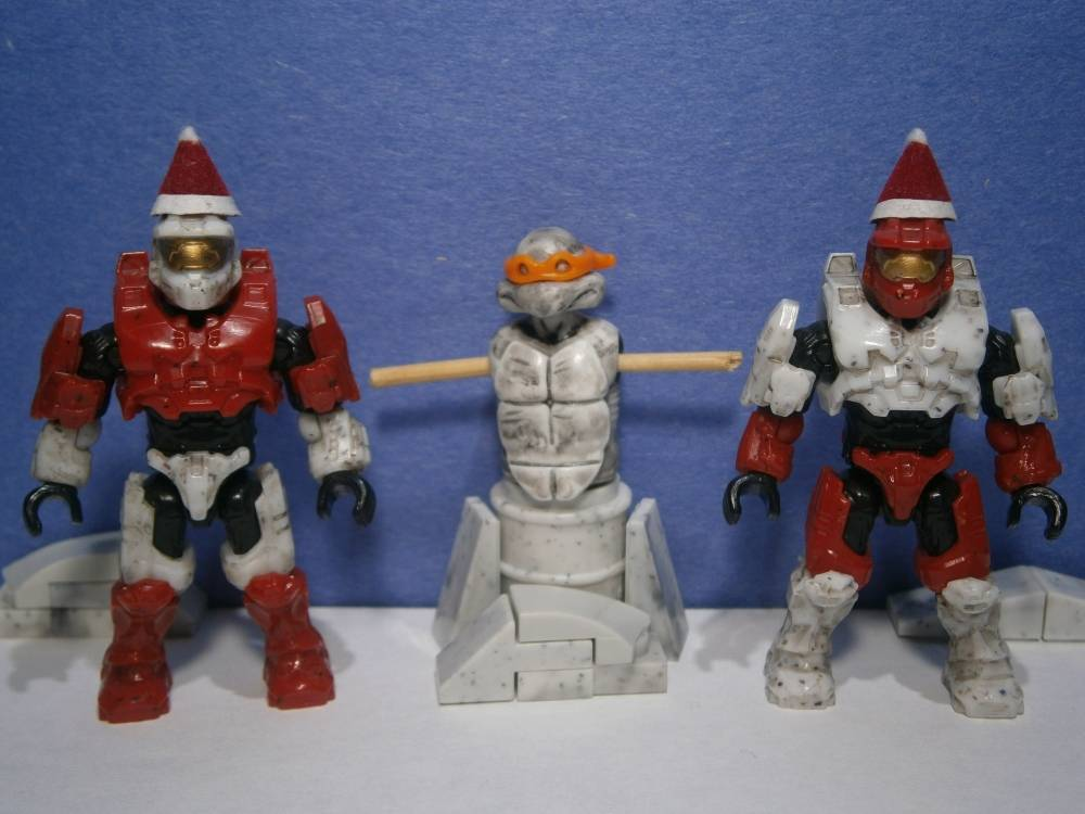 Image of: Candy cane Spartans and Snow-Turtle