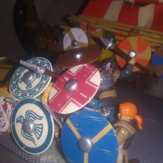 Image of: Viking Sheild Wall