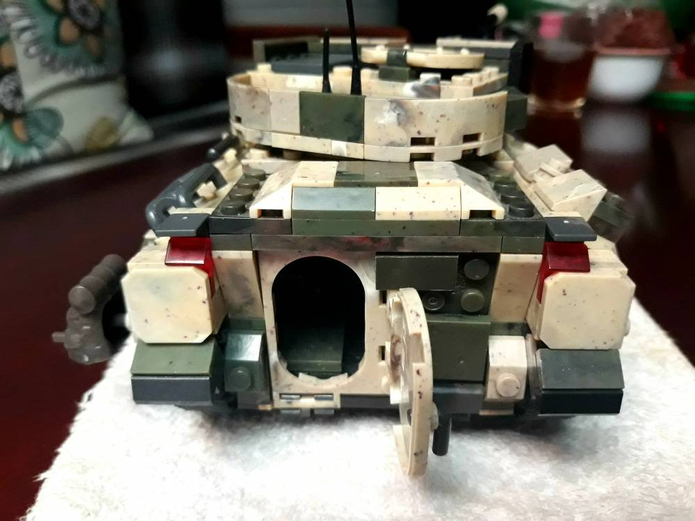 Image of: Bradley Tank Mixed up with Green Bricks Ver.1