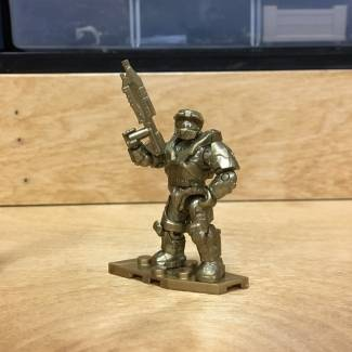Image of: First Look: Halo 10th Anniversary Blind Bags - Gold Chief and AC Kat