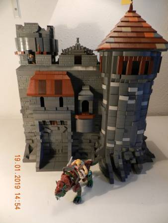 motu-moc-castle-grayskull-made-before-the-official-set-was-released