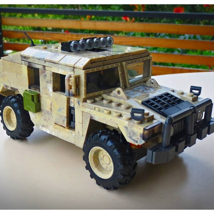 Image of: humvee