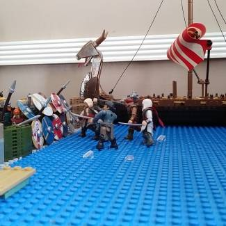 Image of: Vikings vs Pirates