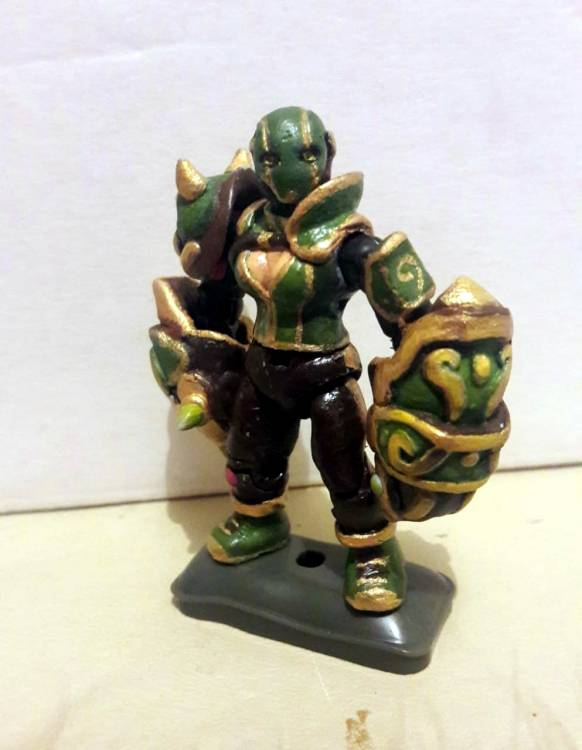 Image of: Female fighter, Ancient Jade knuckles.
