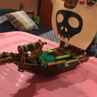 Image of: Custom ship
