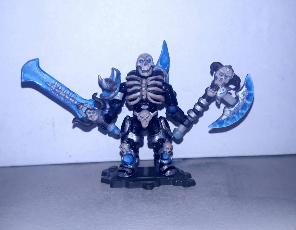 Image of: Male Death Knight, Cold dead sword & Ice cracking axe