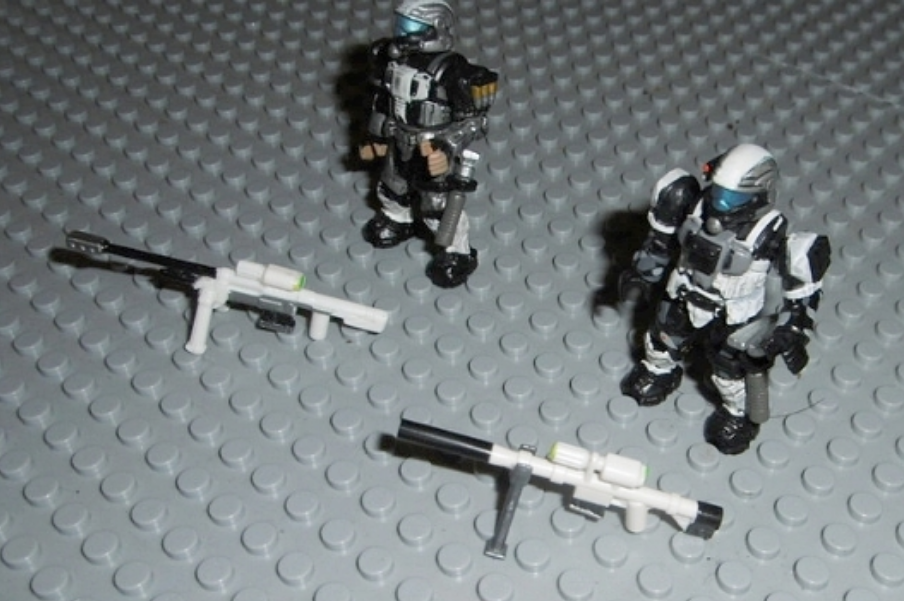 Image of: Arctic themed ODST Sniper Team customs.