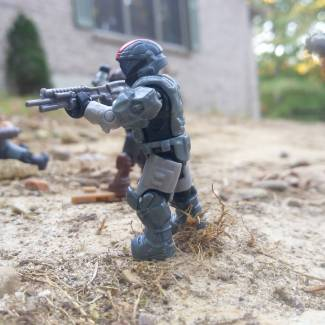 Image of: ODST protecting civilians