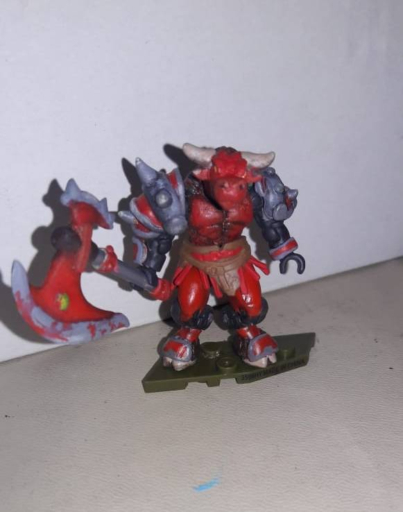 Image of: Minotaur, Great bloodforged war axe