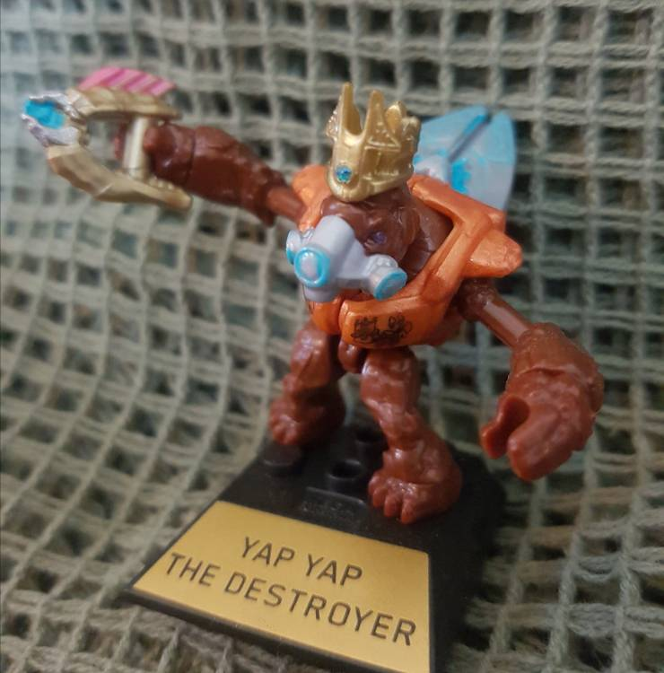 Image of: Yap Yap The Destroyer