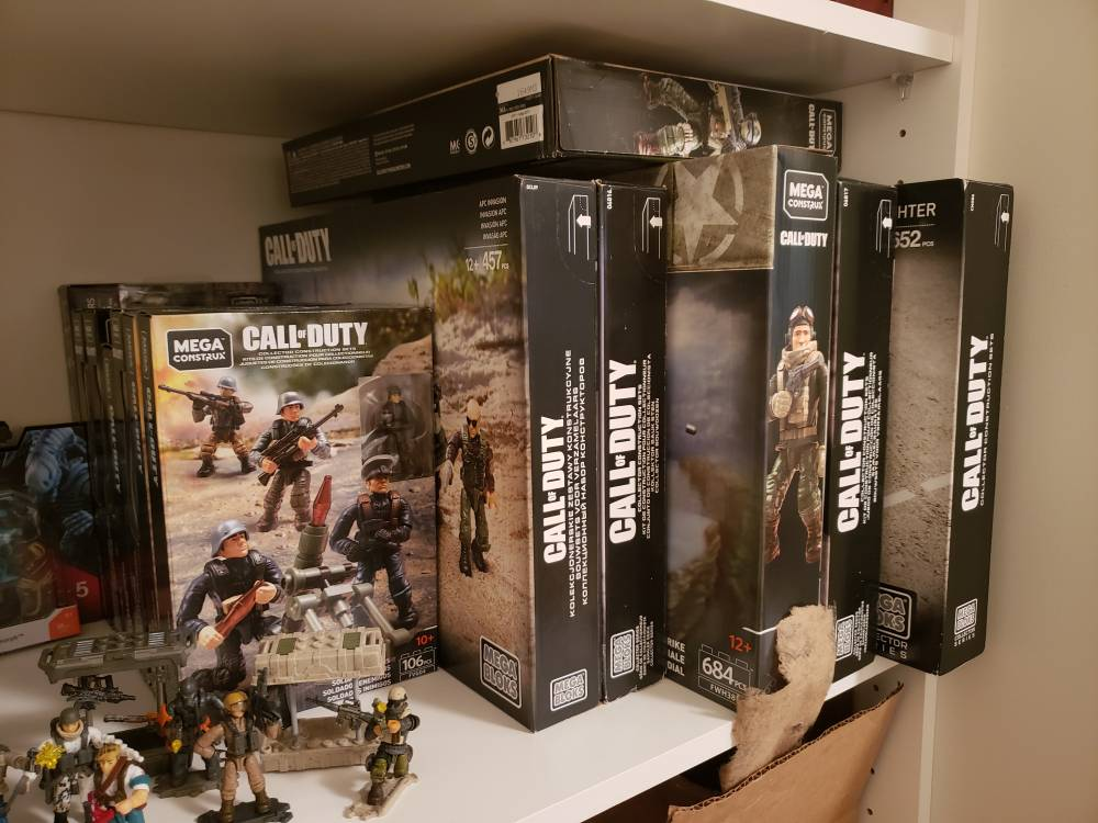Image of: Series 4 and weapon crates