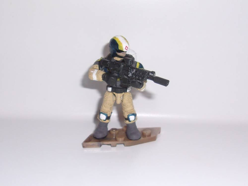 Image of: Shlub's Quick Customs: New Conglomerate Medic