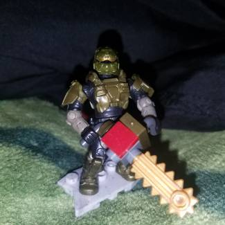 Image of: Gold Doom chainsaw