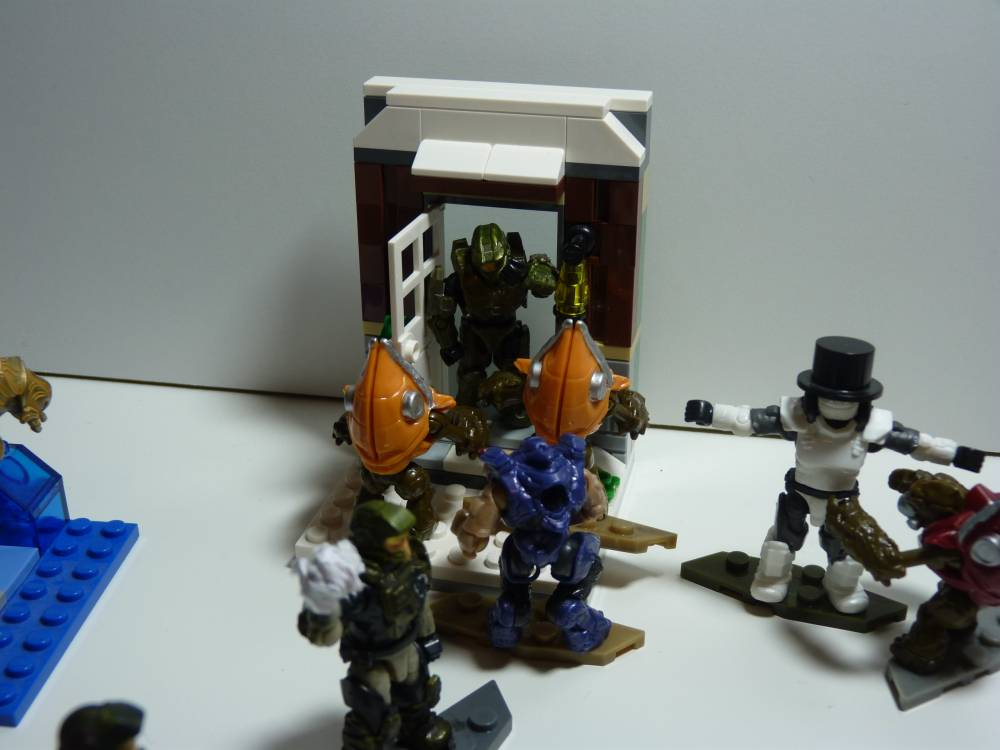 Image of: Halo snow day! Christmas contest.