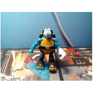 Image of: Slash Untamed custom figure