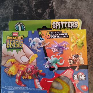 Image of: Breakout Beasts Spitters P1