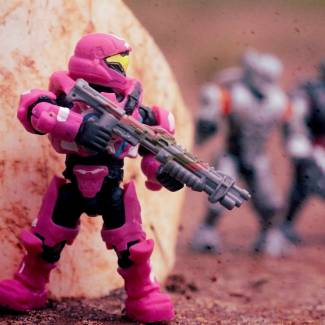 Image of: Sneaky Pink Boi