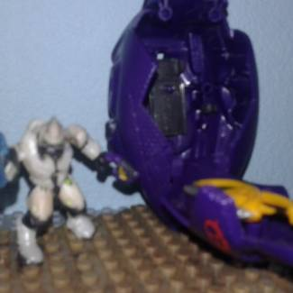 Image of: Throwback Thursday : Halo Mega Bloks Covenant Drop pod Combat Elite