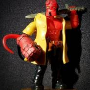 MCX Custom - Hellboy w/ painted Right Hand of Doom, Trenchcoat & Sword