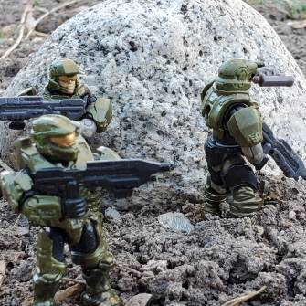 recon-1-to-hq-i-have-eyes-on-two-of-the-big-ones