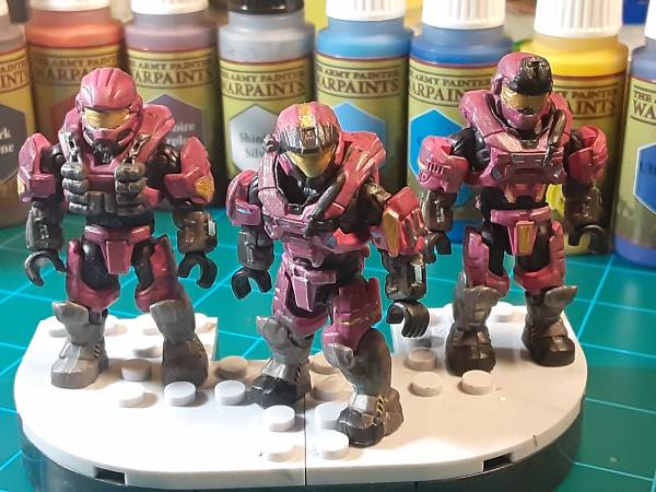 pink-and-gold-spartan-team