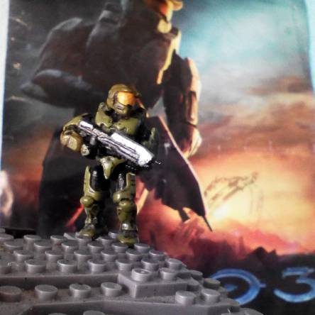 I love Halo 3 . is my favorite videogame
